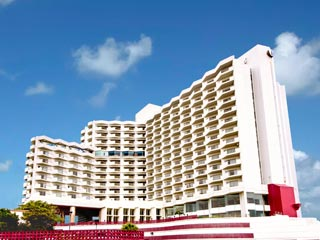 JETSTARで行く♪沖縄中南部 オキナワグランメールリゾート3泊 美ら海水族館入館券付プラン