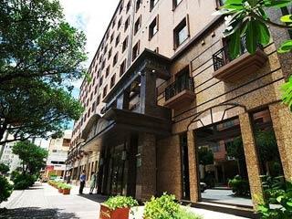 JETSTARで行く♪ 那覇市内 ソルヴィータホテル那覇4泊 滞在中レンタカー乗り放題付 カップルプラン