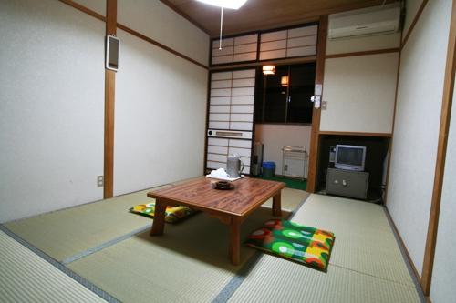 バストイレなし和室(一例)